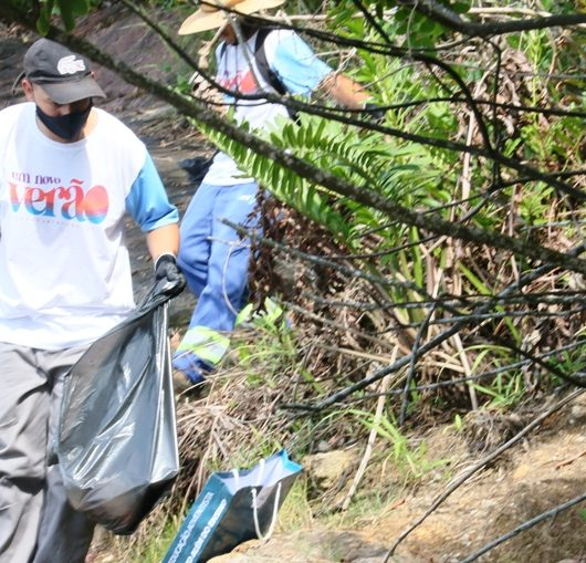 Limpeza de praias e costeiras: 100 kg são recolhidos no primeiro dia de ação