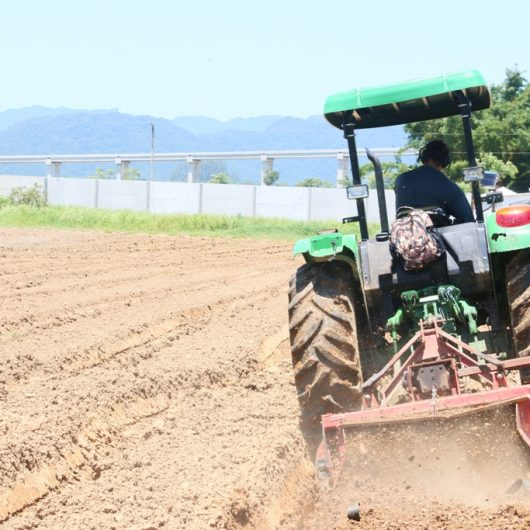 Prefeitura de Caraguatatuba vai adquirir mais implementos para reforçar Agricultura Familiar