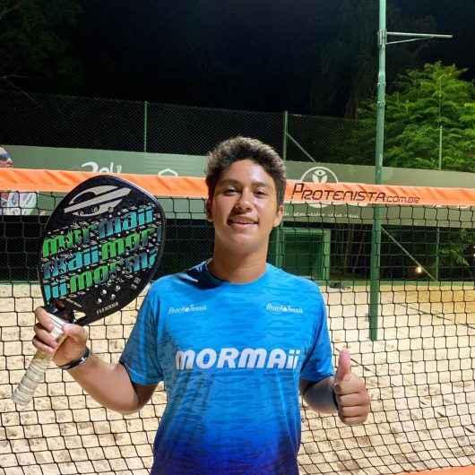 Atleta de Caraguatatuba é destaque no 'São Vicente Open de Beach Tennis' e alcança 1° lugar no ranking