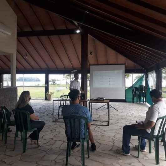 Secretários de Turismo se reúnem em Caraguatatuba e discutem prioridades para 2021