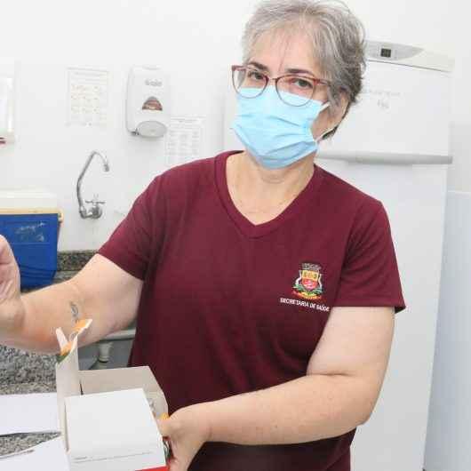 Prefeitura inicia vacinação domiciliar para idosos acima de 90 anos na segunda-feira (08/02)
