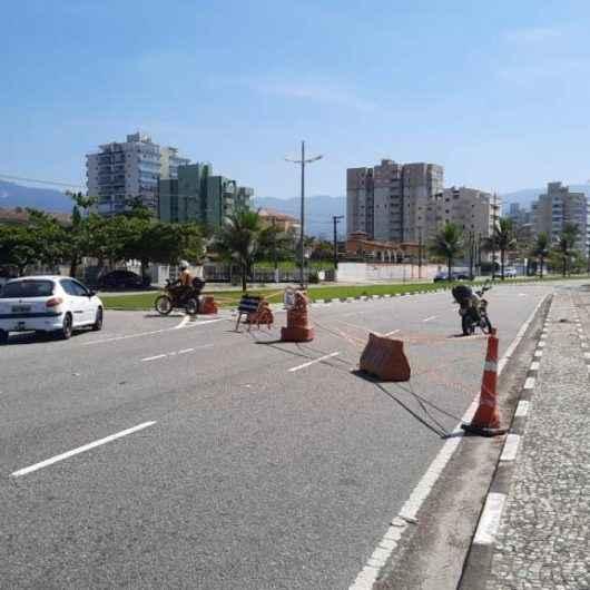 Prefeitura de Caraguatatuba amplia área de estacionamento fechada na  Avenida da Praia
