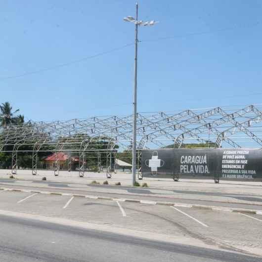 Prefeitura de Caraguatatuba fecha Avenida da Praia para evitar aglomeração no megaferiado; ônibus têm novos trajetos