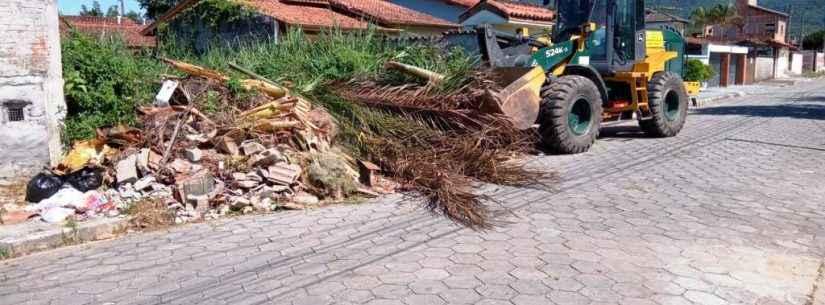 Prefeitura de Caraguatatuba faz manutenção em diversos bairros
