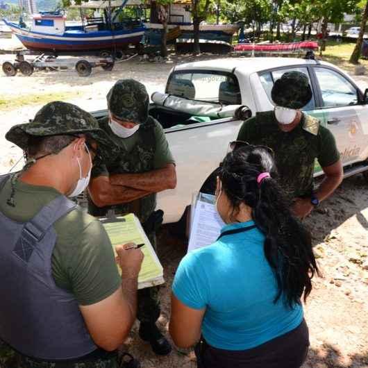 Banco de Alimentos de Caraguatatuba recebe 43kg de pescados apreendidos pela Polícia Ambiental Marítima em operação no Camaroeiro