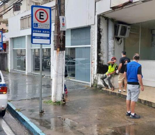 Prefeitura de Caraguatatuba, Casa do Caminho e Polícia Militar realizam abordagem às pessoas em situação de rua