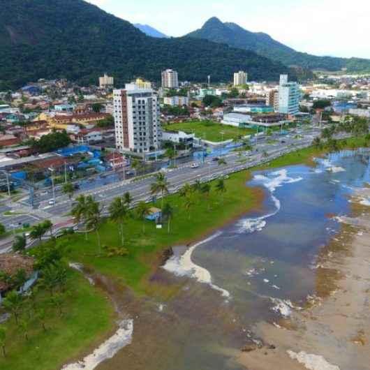 Marinha e Defesa Civil alertam para ressaca e ondas de 2,5 metros até quinta-feira (15)