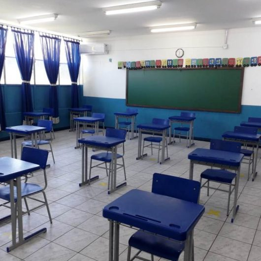 Caraguatatuba anuncia retorno às aulas presenciais na rede municipal