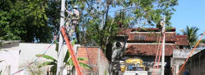 Prefeitura de Caraguatatuba amplia rede de iluminação na Rua Benedito Serafim no bairro Massaguaçu