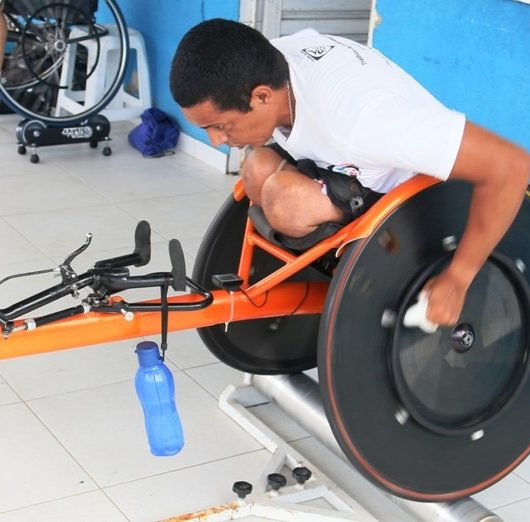 Esporte: Paratletas de Caraguatatuba retornam aos treinos
