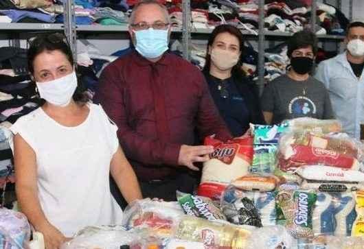 Fundo Social de Caraguatatuba recebe alimentos da Organização Social João Marchesi