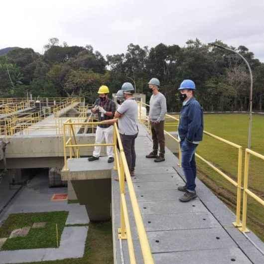 Conselheiros do Meio Ambiente de Caraguatatuba visitam a Estação de Tratamento de Esgoto