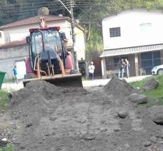 Alto Jetuba e Capricórnio, na região norte, recebem melhorias em vias de acesso