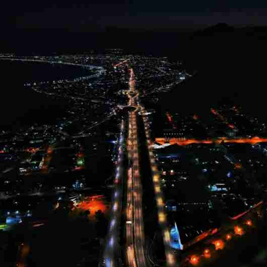 Caraguatatuba instala 164 pontos de luz no 1º semestre e prepara novos projetos para o município