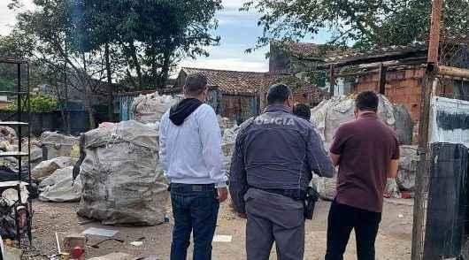 Prefeitura de Caraguatatuba interdita três ferros-velhos e autua outros dois na região sul