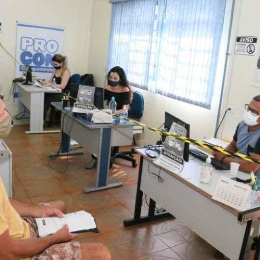 Problemas com financeiras e telefonia celular dominam queixas do Procon de Caraguatatuba no 1º semestre