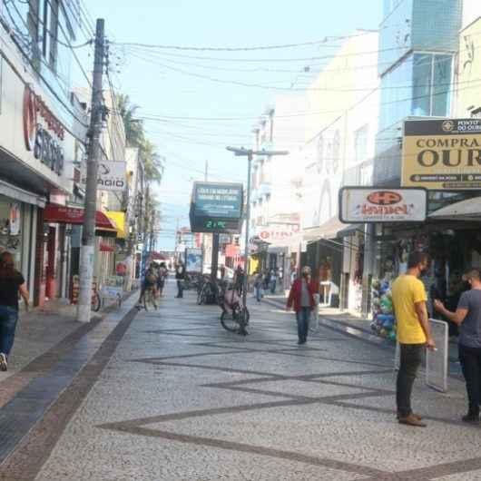 Caraguatatuba libera 100% de ocupação no comércio e acaba com restrição a horário de funcionamento