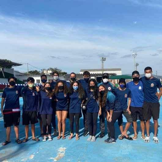 Caraguatatuba: Atletas da Natação conquistam 29 medalhas no Torneio Regional em Pindamonhangaba