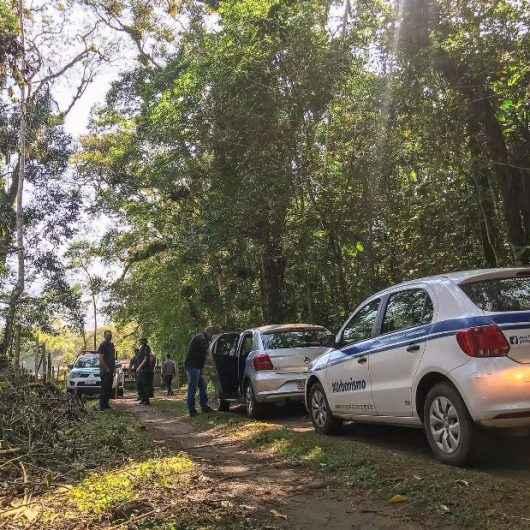 Prefeitura de Caraguatatuba, Polícia Ambiental e Fundação Florestal fiscalizam invasões de área na Mococa