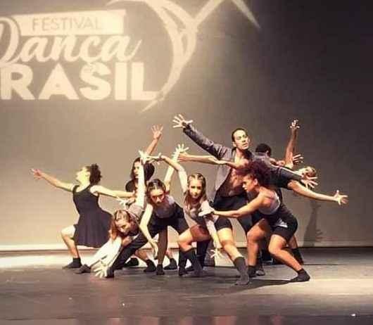 Balé Jovem de Caraguatatuba é selecionado para 38° Festival de Dança de Joinville