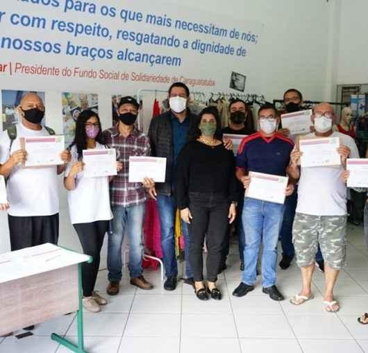 Fundo Social de Caraguatatuba forma 31 alunos em cursos de qualificação