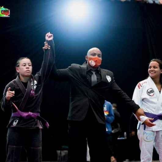 Atletas de Caraguatatuba sobem ao pódio em campeonato internacional de Jiu Jitsu