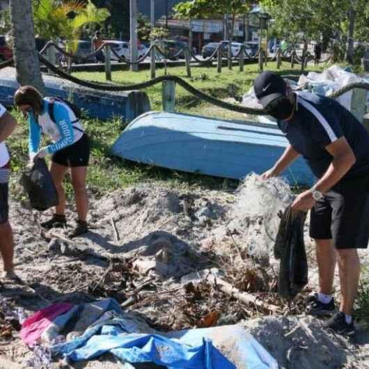 Caraguatatuba realiza 4ª edição do Dia Mundial da Limpeza de Praias