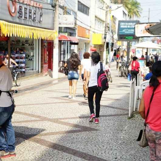 Procon de Caraguatatuba dá dicas para compra de presentes do Dia das Crianças