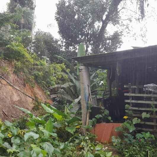 Defesa Civil aponta que acumulado de chuvas em Caraguatatuba ultrapassa os 100 mm em 72 horas; Prefeitura trabalha em diversos pontos da cidade
