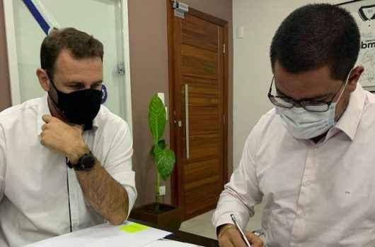 Prefeito Aguilar Junior firma parceria com Sebrae que vai disponibilizar consultorias para empreendedores