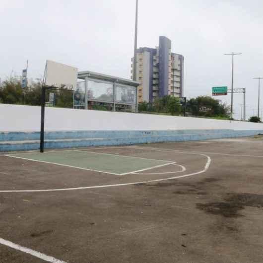 Prefeitura inicia manutenção na Praça José Marcos de Melo, no Massaguaçu